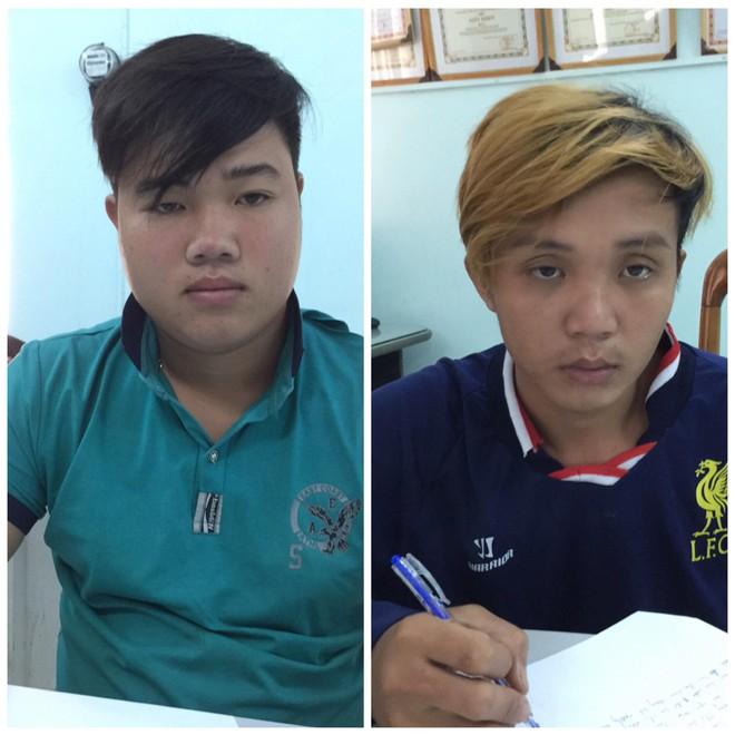 Bắt 2 thanh niên giết người phụ nữ cướp tài sản ở Sài Gòn - Ảnh 1.