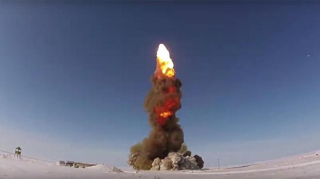 Chuyên gia: Mỹ muốn Nga phải quỳ gối bằng đòn tấn công tên lửa ồ ạt nhưng họ đã nhầm! - Ảnh 2.