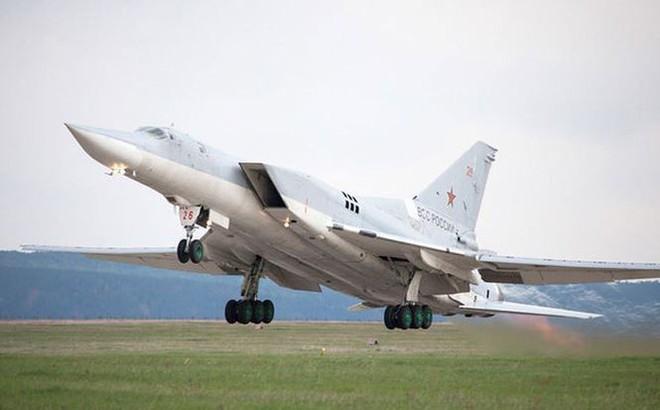 'Soi' sức mạnh của oanh tạc cơ Tu-22M3M
