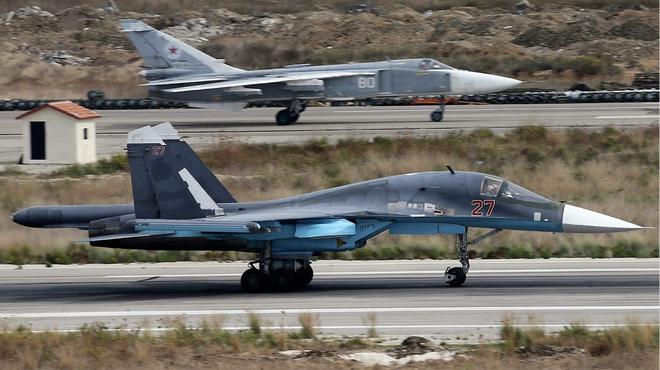 Tung vũ khí hiện đại nhất vờn nhau ở Syria: Nga, Mỹ bên nào thu lợi nhiều hơn? - Ảnh 1.