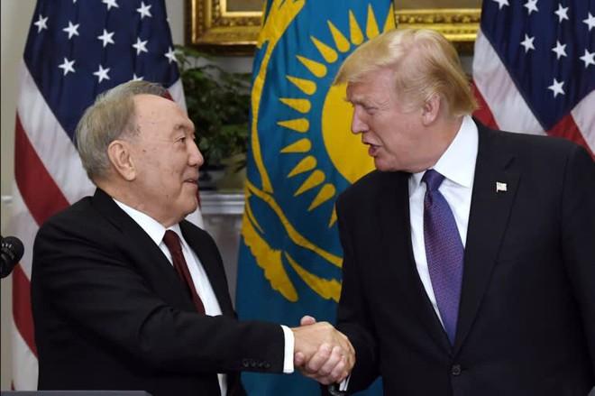Quốc gia nóng bỏng nhất Trung Á: Nga-Mỹ giành nhau, Trung Quốc nhảy vào chia phần - Ảnh 1.