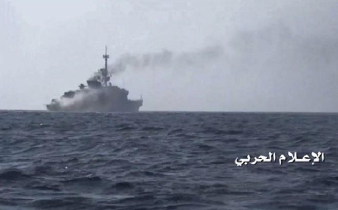 Chiến binh Houthi tới tấp tấn công Ả rập Xê út trên không, trên biển và bằng tên lửa đạn đạo