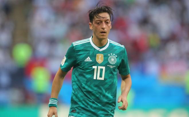 """Đối đầu nhà vô địch thế giới, """"mối họa"""" của Xe tăng Đức ở World Cup 2018 vẫn còn nguyên"""