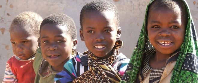 Tanzania: Quan hệ trước hôn nhân mới là thời thượng, đổi tình lấy tiền mới là gái ngoan - Ảnh 1.