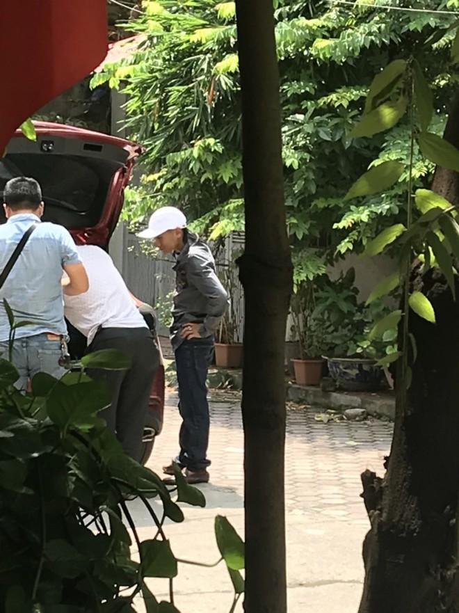 Cảnh sát đến tận nhà đưa tài xế Mazda 3 đánh võng về trụ sở - Ảnh 1.