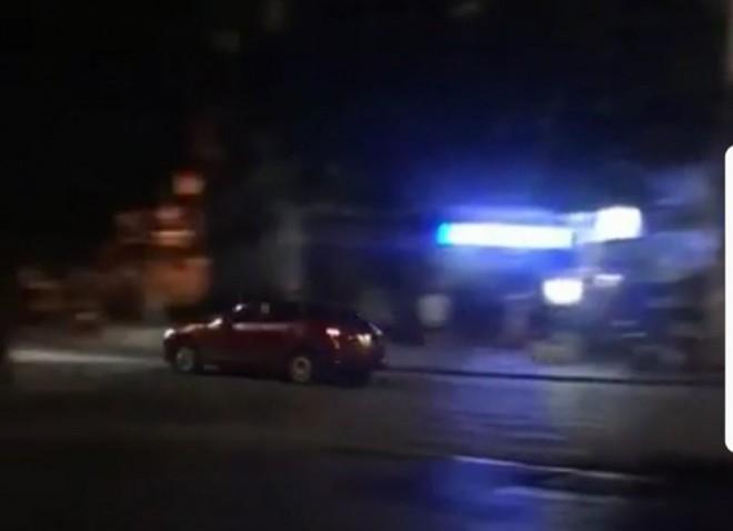Cảnh sát đến tận nhà đưa tài xế Mazda 3 đánh võng về trụ sở - Ảnh 3.