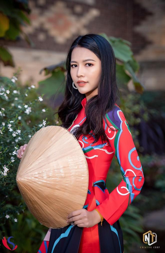 Ngắm dàn thí sinh của cuộc thi Hoa khôi du học sinh tại Úc: Con gái Việt dù ở bất cứ đâu, cứ diện áo dài là xinh! - Ảnh 1.