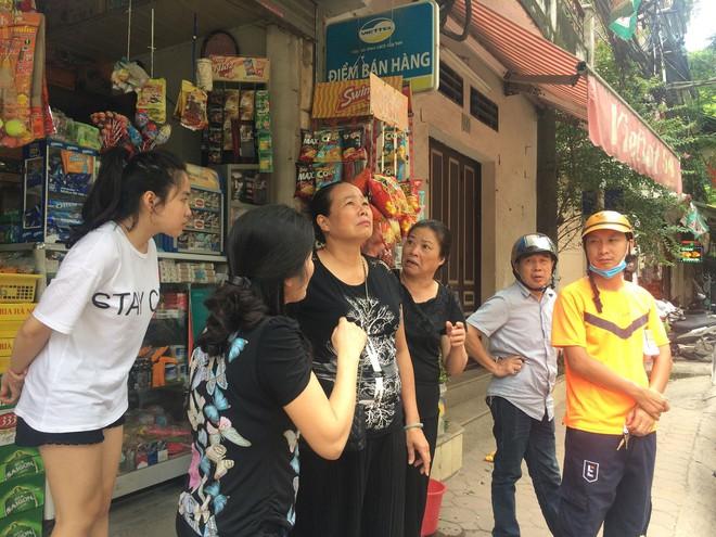 [Nóng] Chung cư cao tầng rung lắc sau động đất ở Hà Nội, cư dân hoảng loạn tháo chạy - Ảnh 5.
