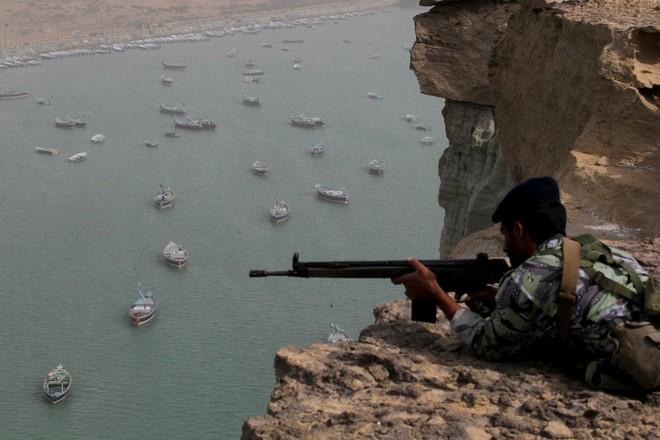 Iran sở hữu loại vũ khí cực kỳ lợi hại, Hải quân Mỹ chật vật đối phó - Ảnh 1.