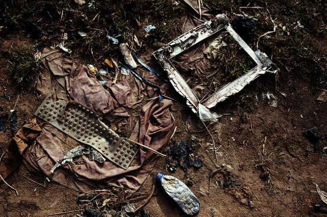 Hình ảnh đáng sợ từ những bãi rác thải công nghệ lớn nhất trên thế giới - Ảnh 2.