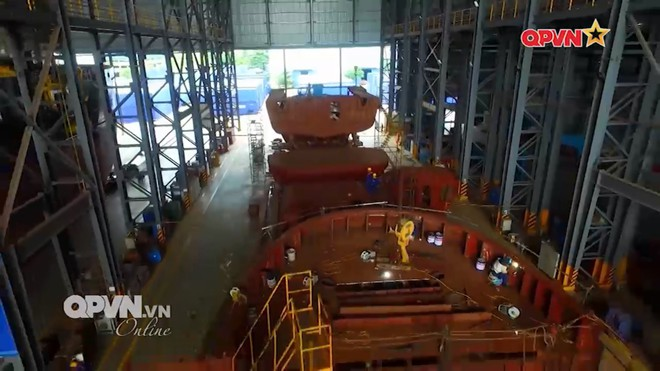 TCT Sông Thu đóng mới... 60 tàu hiện đại cho an ninh quốc phòng và xuất khẩu - Ảnh 2.