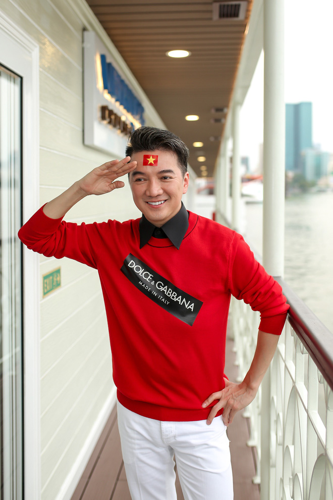 Sự kiện vỡ trận vì Mr Đàm nổi loạn, đòi xem U23 trên du thuyền triệu đô - Ảnh 2.