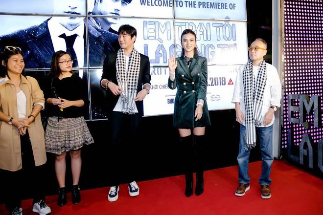 Nam tài tử Jo Han Sun thích thú khi được Kim Tuyến tặng quà độc lạ - Ảnh 11.