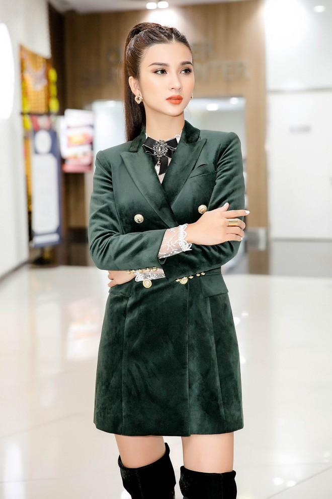 Nam tài tử Jo Han Sun thích thú khi được Kim Tuyến tặng quà độc lạ - Ảnh 1.