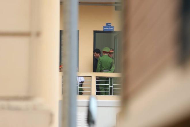 Xét xử ông Đinh La Thăng, Trịnh Xuân Thanh và đồng phạm: Cáo trạng cho rằng Trịnh Xuân Thanh quanh co, cản trở điều tra - Ảnh 7.