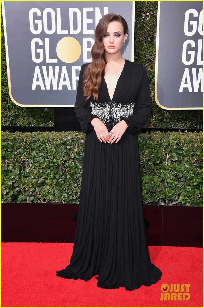 Thảm đỏ Quả Cầu Vàng 2017: Dàn mỹ nhân Hollywood đồng loạt diện đồ đen chống nạn xâm hại tình dục - Ảnh 2.