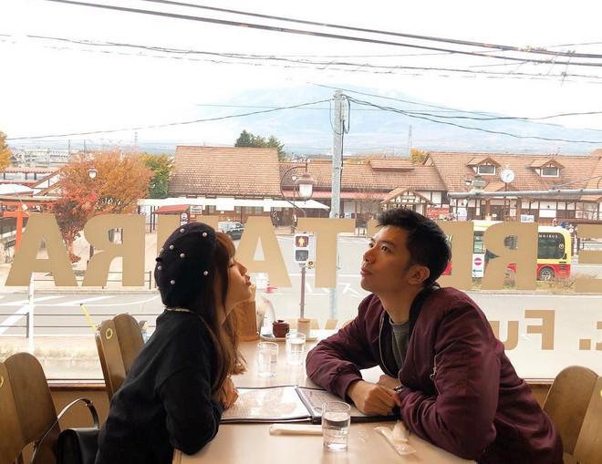 Các cặp đôi Việt gây sốt trên Instagram nhờ kho ảnh chụp chung vừa chất, vừa đáng yêu - Ảnh 1.