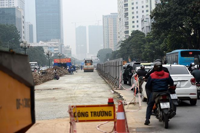 Hà Nội sắp có tuyến đường 10 làn xe đẹp nhất Việt Nam - Ảnh 1.