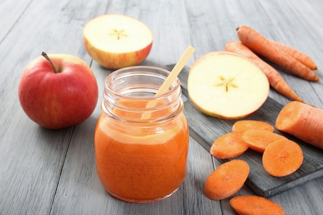 Uống nhiều nước ép cà rốt: Lợi hay hại? - Ảnh 3.