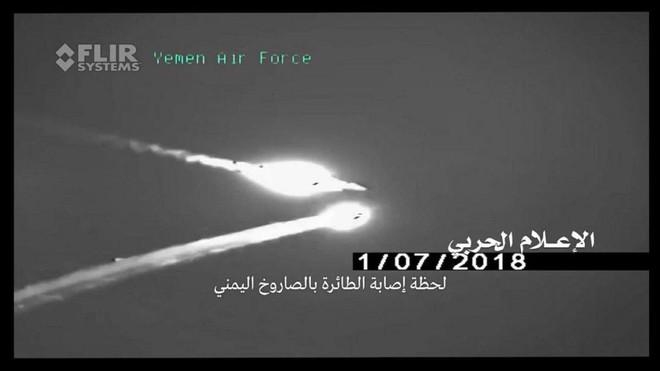 Houthi công bố khoảnh khắc tên lửa biến cả F-15 và Tornado thành bó đuốc: Không lối thoát - Ảnh 3.