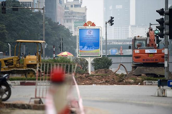 Hà Nội sắp có tuyến đường 10 làn xe đẹp nhất Việt Nam - Ảnh 4.