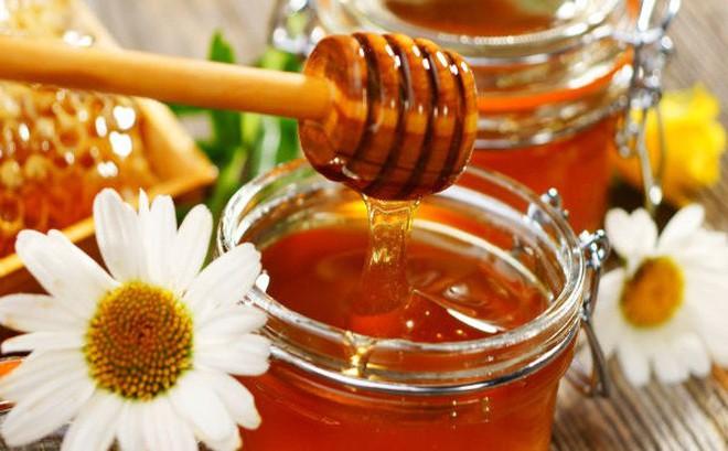 Chữa cảm lạnh bằng mật ong