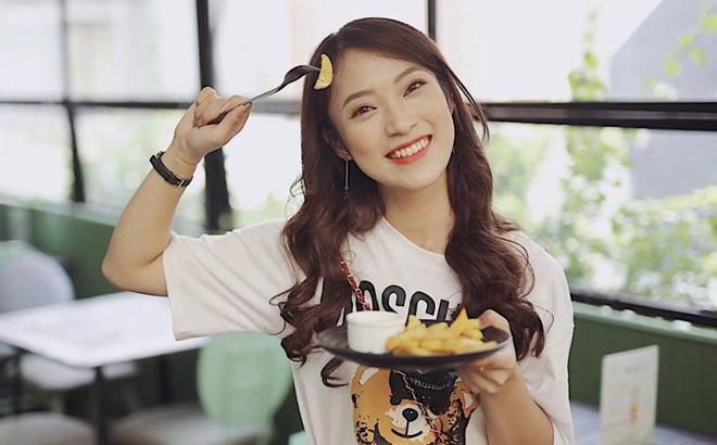 """Cô nàng Khánh Vy """"7 thứ tiếng"""" vừa ẵm thêm danh hiệu """"Sinh viên 5 tốt"""" của thành phố Hà Nội"""