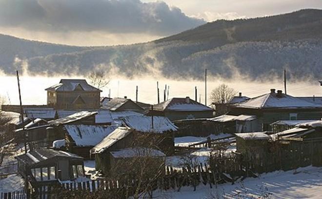 Hồ Baikal của Nga đang bị biến thành một tỉnh của Trung Quốc?