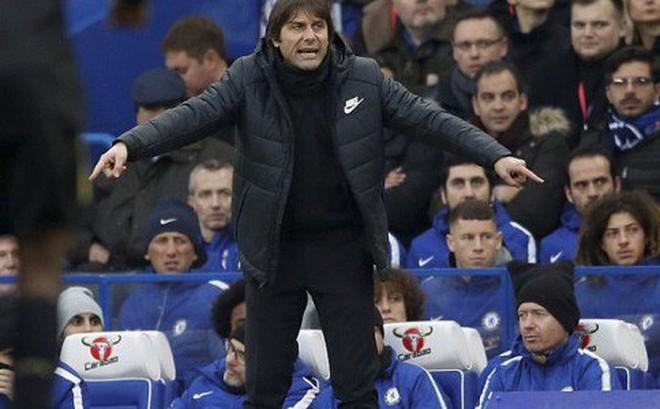 HLV Conte đã sai lầm thế nào trong trận hòa 'như thua' của Chelsea trước Leicester?