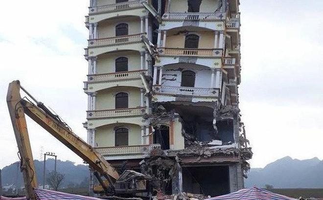 """Chi 400 triệu đồng để phá """"tòa lâu đài"""" của trùm ma túy Tàng Keangnam"""