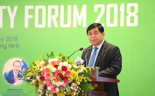 Bộ trưởng Nguyễn Chí Dũng: Việt Nam có thể vẫn tụt hậu về kinh tế dù đạt thu nhập 12.000 USD năm 2035