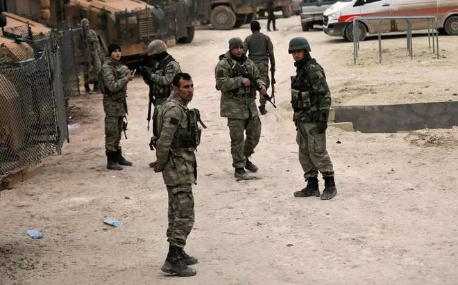 """Thổ Nhĩ Kỳ cay đắng: Vừa bị Nga """"dội nước lạnh"""", vừa bị người Kurd đánh tụt nhuệ khí"""