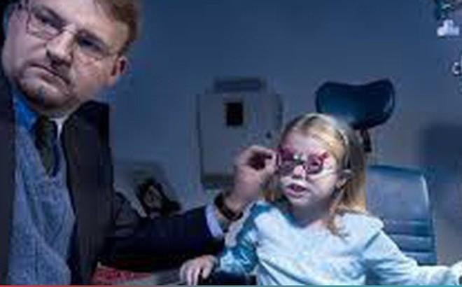 Trẻ cận thị có nên mổ?