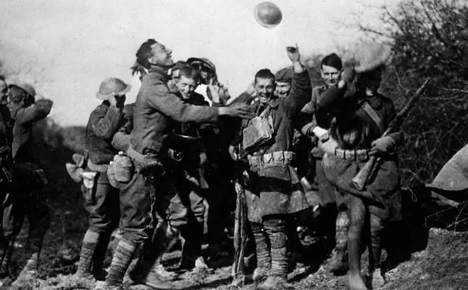 Tại sao Thế chiến I lại kết thúc bằng một thoả thuận ngừng bắn?