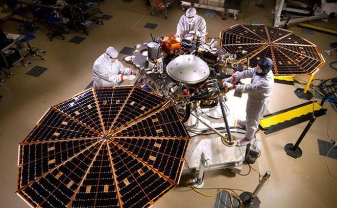 [Vietsub] Tại sao NASA lại đưa InSight - một cái máy khoan trị giá 850 triệu USD lên Sao Hỏa?