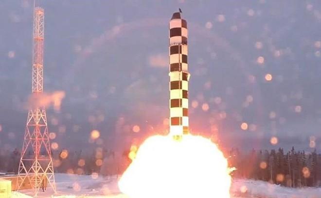 Nga sẽ phát triển vũ khí 'độc nhất vô nhị' nếu Mỹ rút khỏi INF