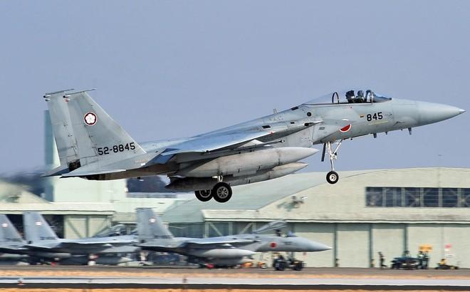 Nhật tính bán chiến đấu cơ cũ cho Mỹ để mua mới