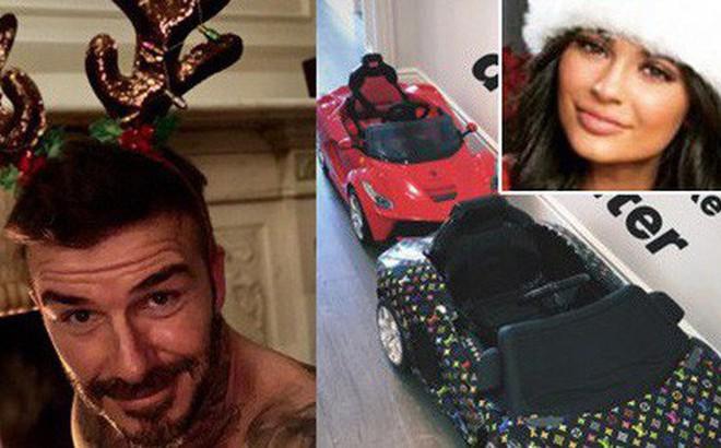 Loạt sao Âu Mỹ trang trí lộng lẫy đón Giáng Sinh 2018, riêng Kylie Jenner chơi lớn khi mua xe hơi mini tặng con gái nhỏ