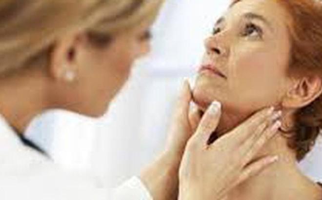 Nổi hạch ở cổ có thể mắc bệnh ung thư nguy hiểm