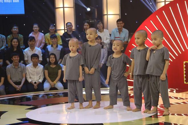 5 chú tiểu nhí tiếp tục thắng 100 triệu, gây sốt khi hát Cát bụi của Trịnh Công Sơn - Ảnh 6.