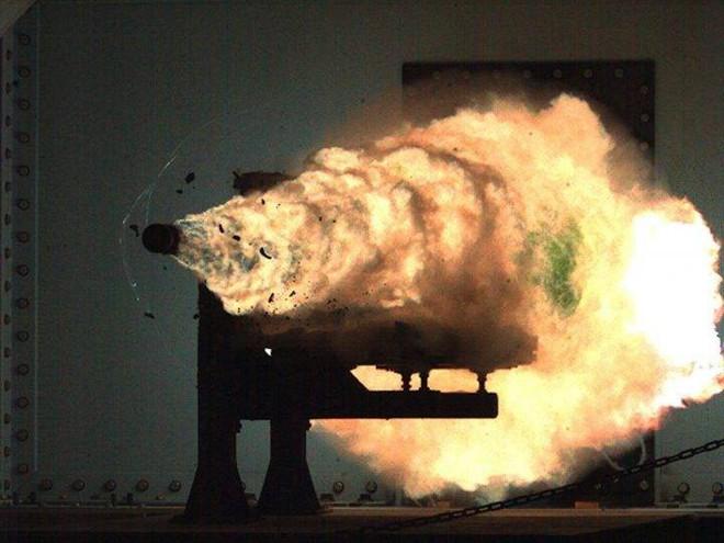 Vì sao Hải quân Mỹ nên lo sợ pháo điện từ thần diệu của Trung Quốc? - Ảnh 4.
