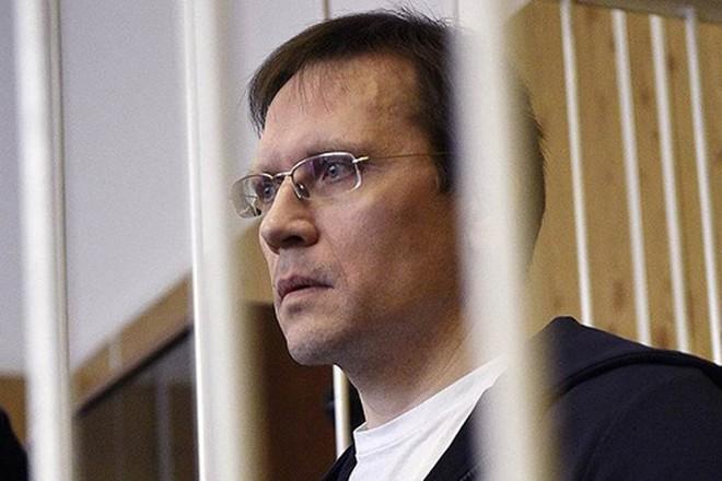 Cựu quan chức cao cấp gây thiệt hại 14 tỷ rúp bị dẫn độ từ Pháp về Nga - Ảnh 2.