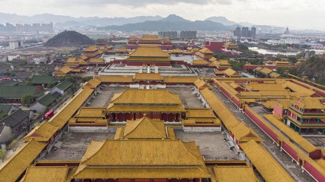 Bí mật trong phim trường lớn nhất Trung Quốc: Anh hùng, Diên Hi Công Lược từng quay ở đây - Ảnh 3.