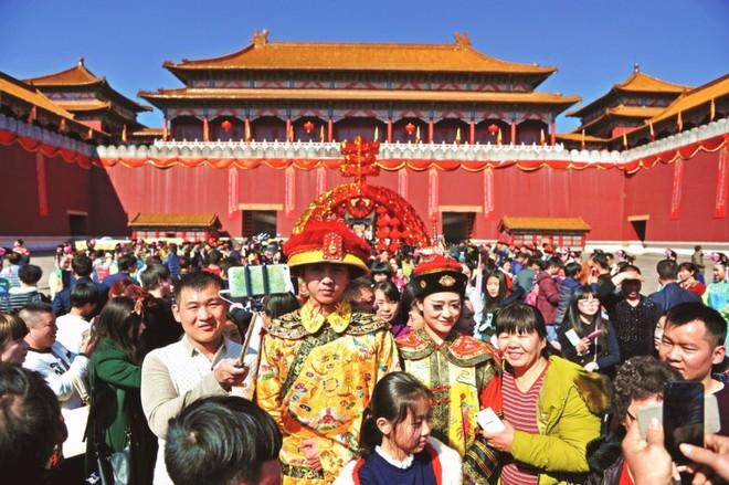 Bí mật trong phim trường lớn nhất Trung Quốc: Anh hùng, Diên Hi Công Lược từng quay ở đây - Ảnh 4.