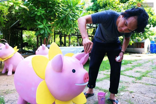 Ngắm 50 chú heo mập đáng yêu sắp được ra đường hoa Nguyễn Huệ đón Tết Kỷ Hợi 2019 - Ảnh 27.