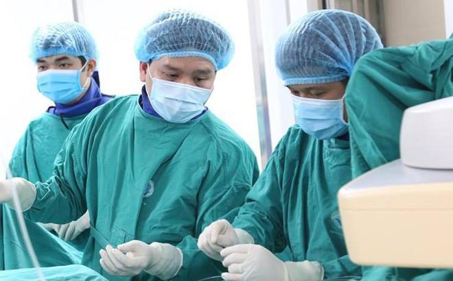 Cứu sống bệnh nhân vỡ gan độ 3, không cần phải cắt bỏ phần gan vỡ