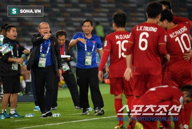 """Báo Hàn Quốc chỉ ra """"điểm yếu chết người"""" khiến Việt Nam khó tạo địa chấn ở Asian Cup - Ảnh 1."""