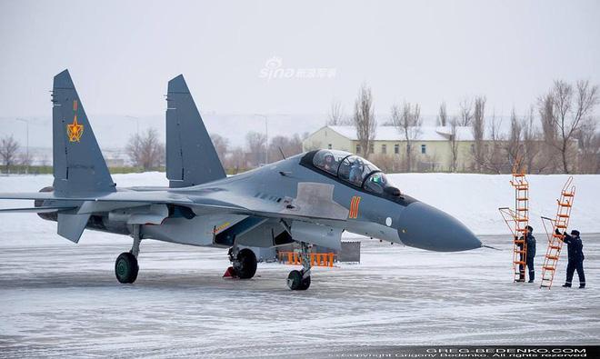 [ẢNH] Phi công Nga đích thân lái Su-30SM nội địa bàn giao cho đồng minh thân thiết - Ảnh 12.
