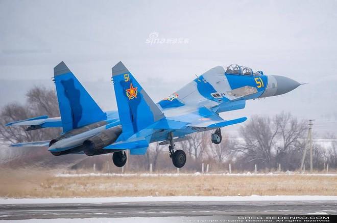 [ẢNH] Phi công Nga đích thân lái Su-30SM nội địa bàn giao cho đồng minh thân thiết - Ảnh 15.