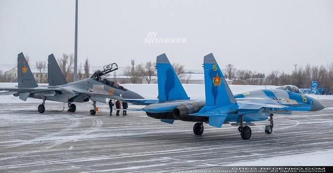 [ẢNH] Phi công Nga đích thân lái Su-30SM nội địa bàn giao cho đồng minh thân thiết - Ảnh 16.